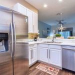 4405 lucaya loop#405 Fridge with Water Dispenser